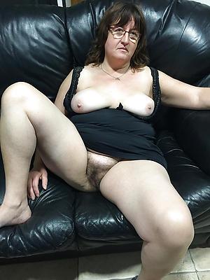 adult hairy woman Bohemian pics