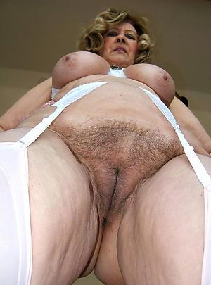 nice mature hairy woman