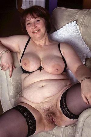 amazing hairy mature woman