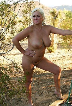 homemade housewife posing defoliated