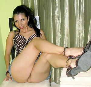hot latina women unconforming pics