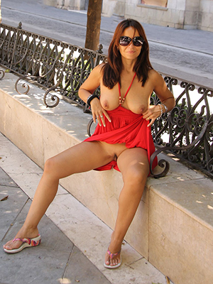 bosomy mature mom legs