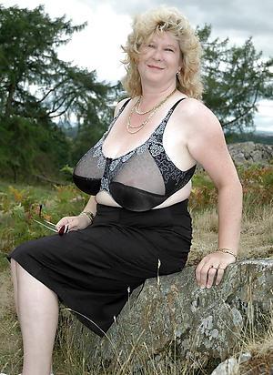 hotties matures in lingerie