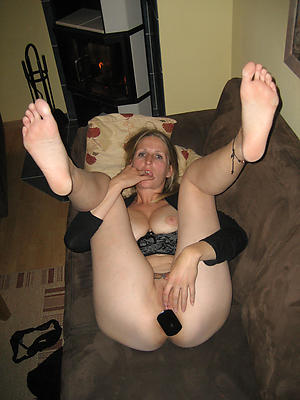 older women masturbating love porn