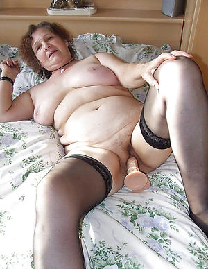 hot women masturbating nude sharpshooter