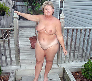 moms pussy love porn