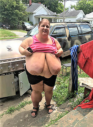 hot simmering mommy free pics
