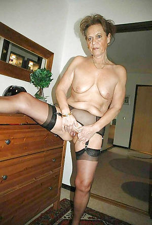 hot old woman easy pics