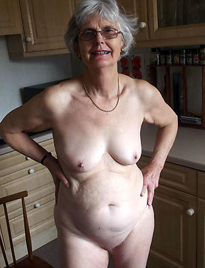 old roasting woman posing nude