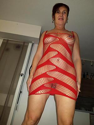 naughty mediocre mature women nude