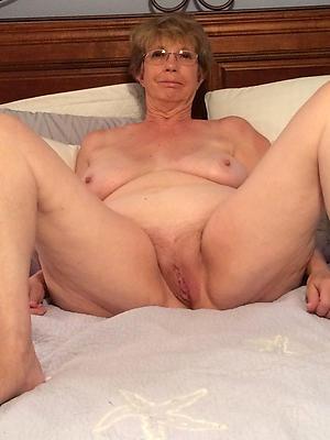 grown up amateur moms private pics