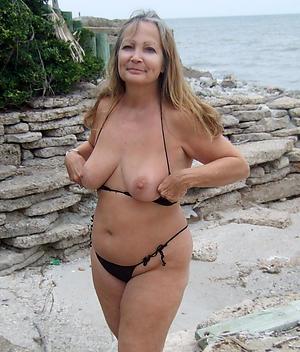 hot bikini body of men amateur pics