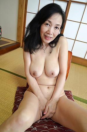 beautiful hot naked asian women
