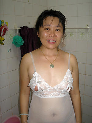 xxx mature asian women