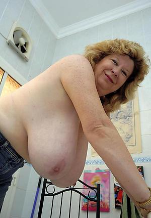 xxx naked women big tits