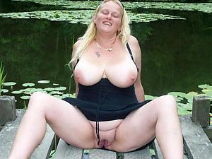 beautiful nude fat tit women