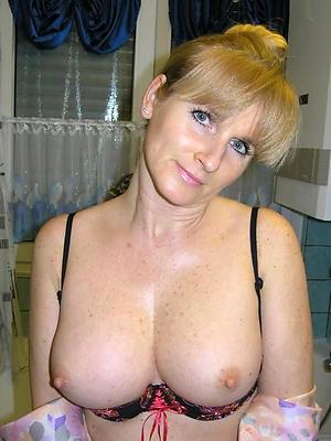 porn pics of hot kermis column