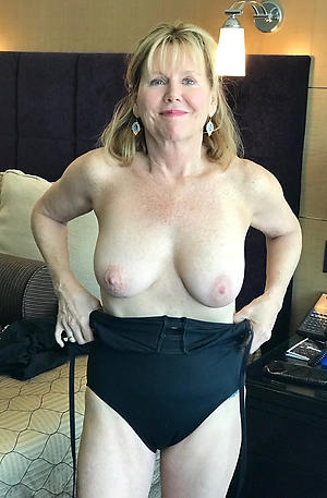 pretty blonde women love porn