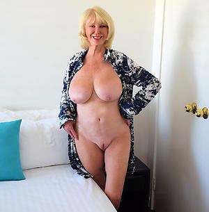 amateur beautiful blond women
