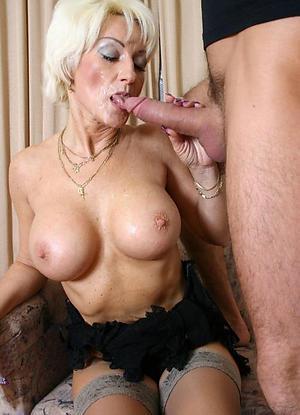 hotties old women giving blowjobs
