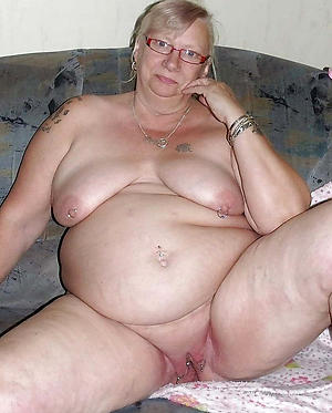 chubby mature battalion untrained pics