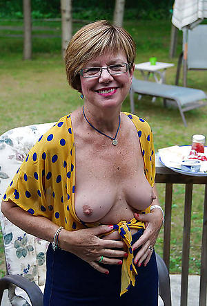mother involving glasses porn pictures