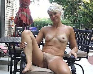 horny nude mature women minus