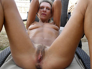 sex galleries of granny big clit pussy
