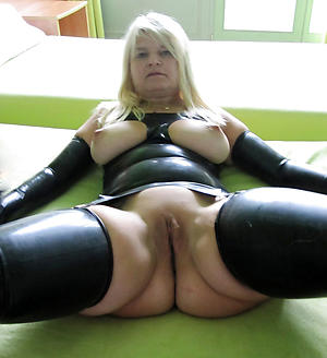 nude pics of granny carrying-on with pussy