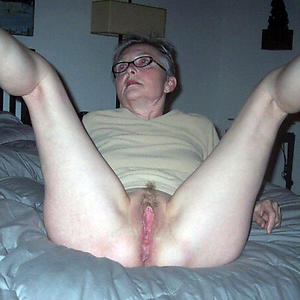 naked granny playing with pussy