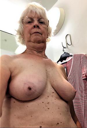 horrific grown up selfie interior