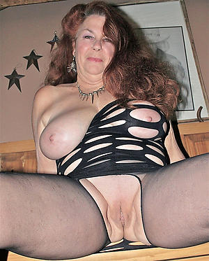 mature shaved pussy love porn