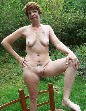naked women close by tattos sex pics