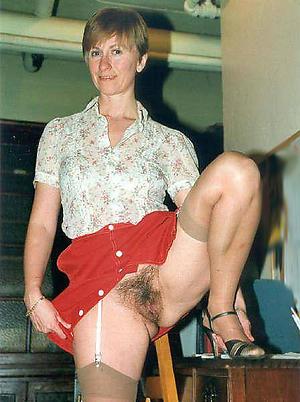 adult mom upskirt porn images