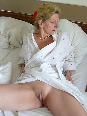 porn pics of naturally beautiful women
