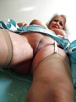 mature ladies cunts free pics