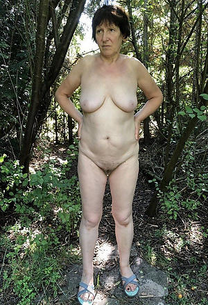 hot older women posing nude