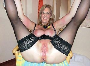 naked grey lady vagina