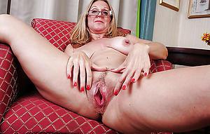 slutty hairy vulvas