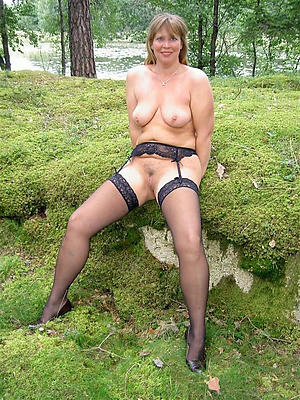 mature minimal legs private pics