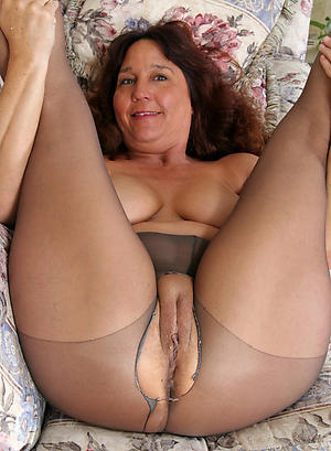 exact grannys in pantyhose