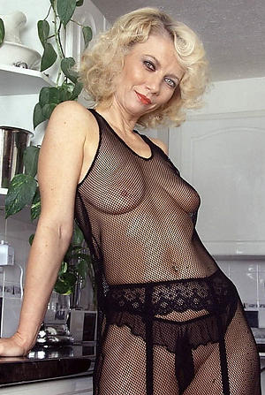 lovemaking galleries of matured cougars xxx