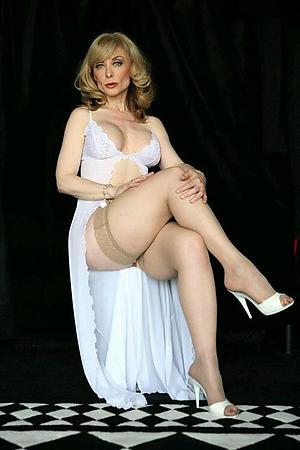 mature elegant women porn pics