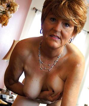 mature elegant ladies love posing uncovered