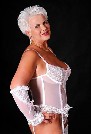 nude pics of of age elegant ladies