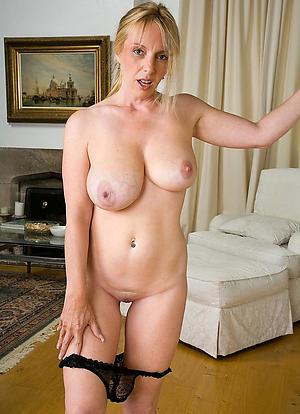 porn pics of amateur naked grannies