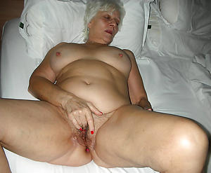 naughty grannys sopping cunt