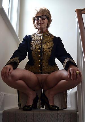 porn pics of grannies in high heels