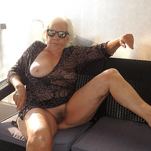 hairy granny pussy amateur pics