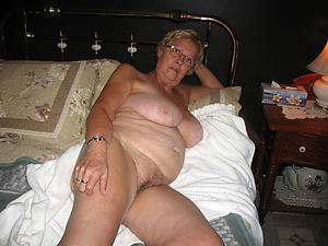 busty grannies with glasses nude pictures